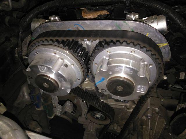 12年福克斯换正时皮带 这款车设计的曲轴轮是没有花键
