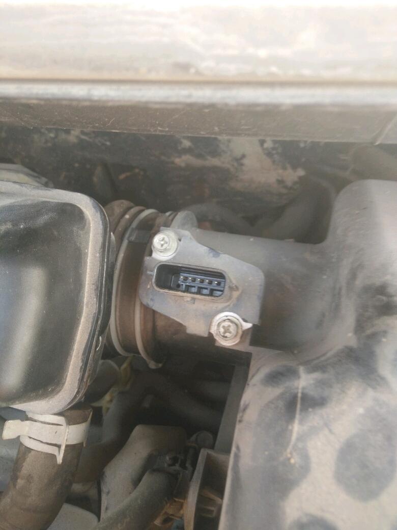 电脑查是质量空气流量传感器电路