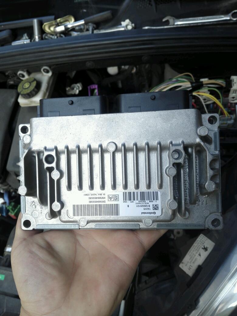1年前 有时候挂不了 1年前 看看变速箱里有没有故障,刹车灯开关,看一