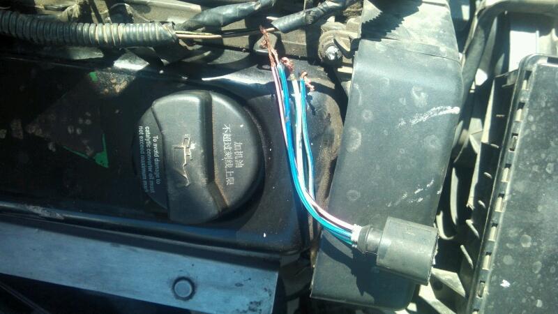 志俊水温传感器哪两根线是直流电?是接12还是34的?大师