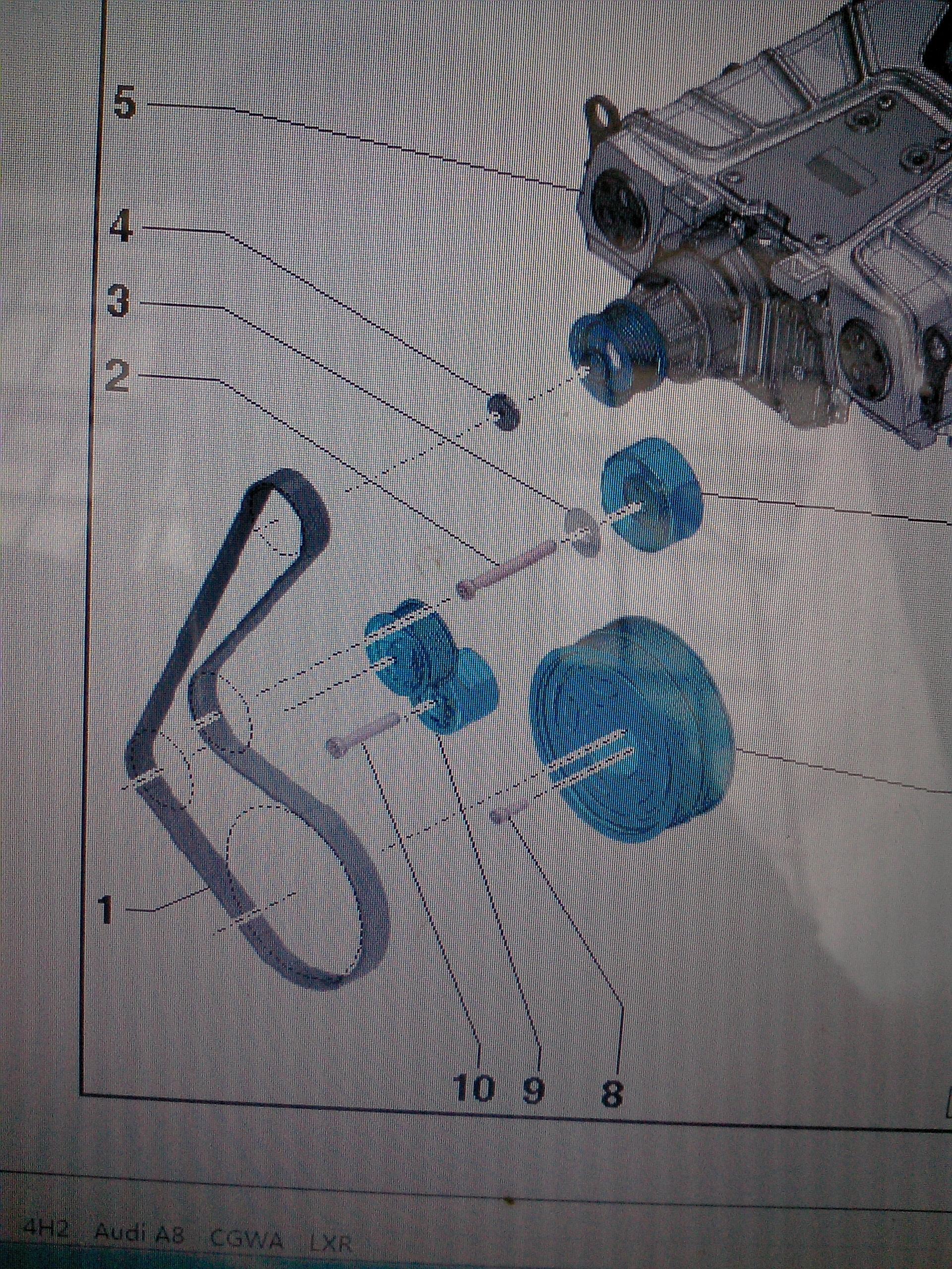 奥迪a82012年款发电机皮带怎么装?