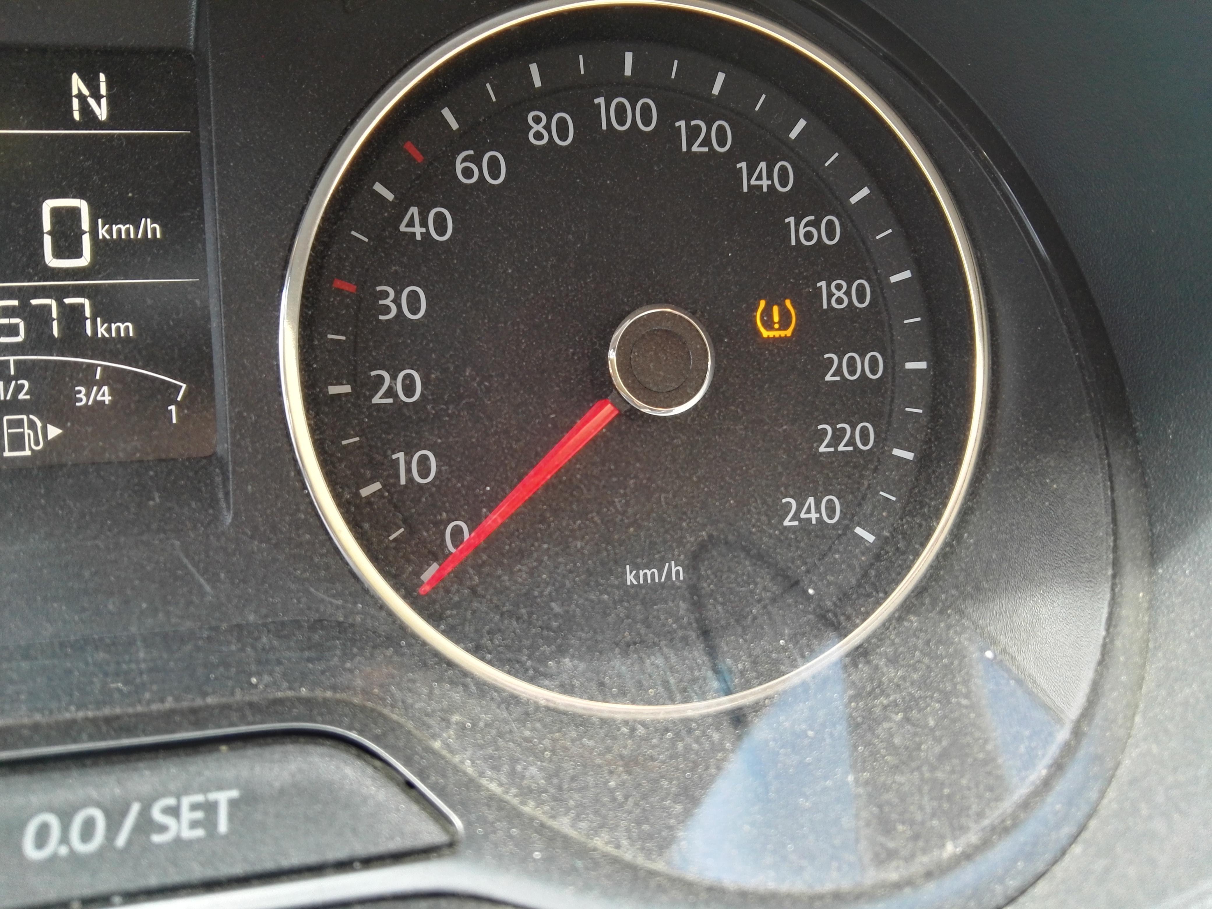 轮胎气压过低指示灯分享展示图片