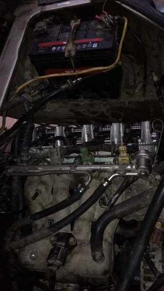 长安面包车,05年的,分电盘式点火系统,刚换完发动机,发动半天了,突然熄火,点火线圈也换了,点火线圈-精真估